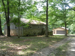 14.75± WOODED ACRES - 1320 ± SQ FT HOME W/FULL BASEMENT @ Monrovia | Indiana | United States
