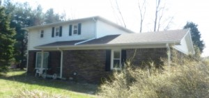 4 BEDROOM HOME ON 5.24 ACRES TO SELL ABSOLUTE! @ Mooresville | Indiana | United States