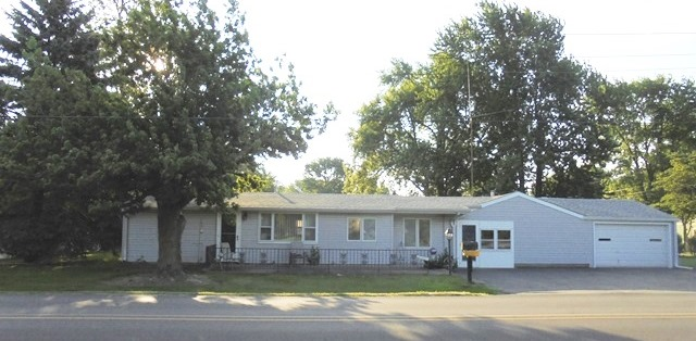 2-3 BEDROOM HOME – ATTACHED SHOP & GARAGE
