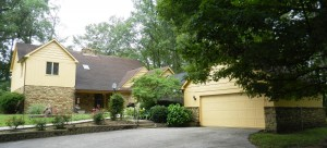 4 BEDROOM HOME ON 1.671 ACRES! @ Avon | Indiana | United States