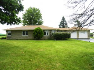 ABSOLUTE AUCTION - 3 BEDROOM HOME ON 1.81 ACRES! @ Lebanon | Indiana | United States