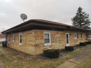 3 BEDROOM & 2 BATH HOME - 2+ CAR DETACHED GARAGE - 0.78 ACRES @ Greenfield | Indiana | United States
