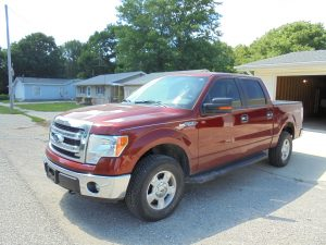 FORD F-150 - LINCOLN TOWN CAR - FIREARMS - TRACTOR & MORE! @ Waveland | Indiana | United States