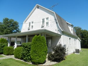 3 BEDROOM, 2 FULL BATH HOUSE - 3+ CAR DETACHED GARAGE - 0.88 ACRE LOT @ Waveland   Indiana   United States
