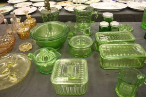 GLASSWARE - PICTURES - FURNITURE - COLLECTIBLES @ Lawson Auction Gallery