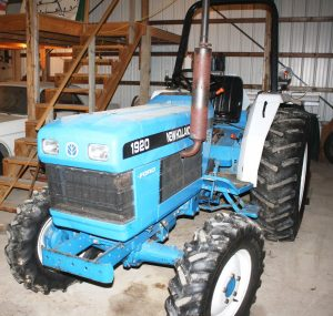 FORD-NEW HOLLAND TRACTOR - NEW HOLLAND MOWER - TOOLS - HOUSEHOLD ITEMS