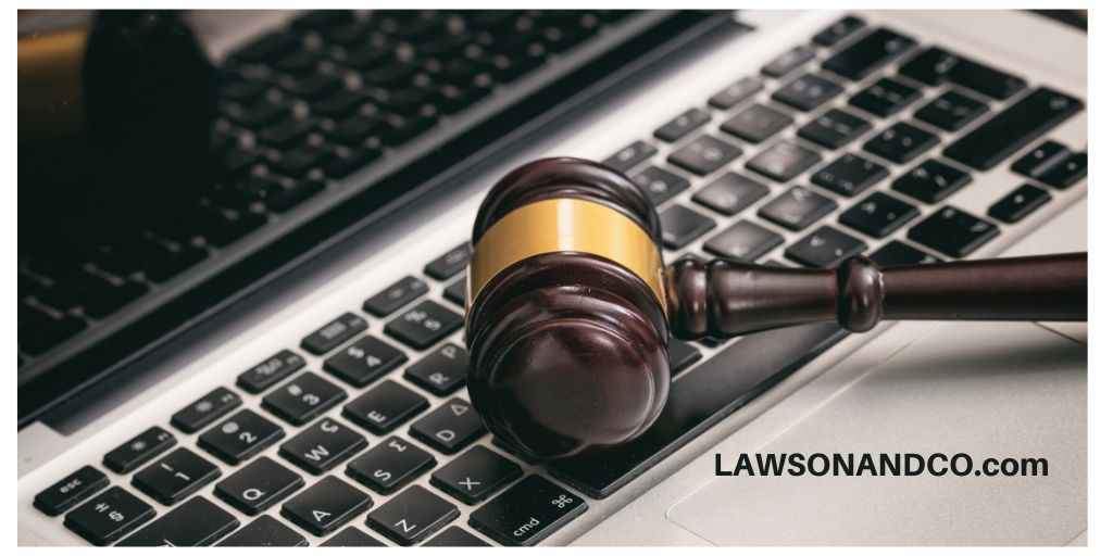 Keyboard vs. Gavel: Which is the Best Auction?