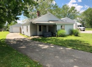 ABSOLUTE AUCTION! 0.3 ACRE LOT WITH 2 BEDROOM HOUSE @ Pittsboro | Indiana | United States