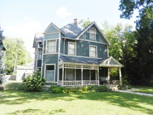 RESTORED VICTORIAN HOME - ONLINE AUCTION @ Indianapolis | Indiana | United States