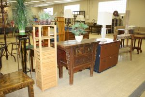 GOOD MODERN FURNITURE - LARGE LOT OF GLASSWARE & COLLECTIBLES - HOT TUB @ Lawson & Co. Auction Gallery | Danville | Indiana | United States