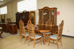 FURNITURE - GLASSWARE - COLLECTIBLES - TOOLS @ Lawson & Co. Auction Gallery | Danville | Indiana | United States